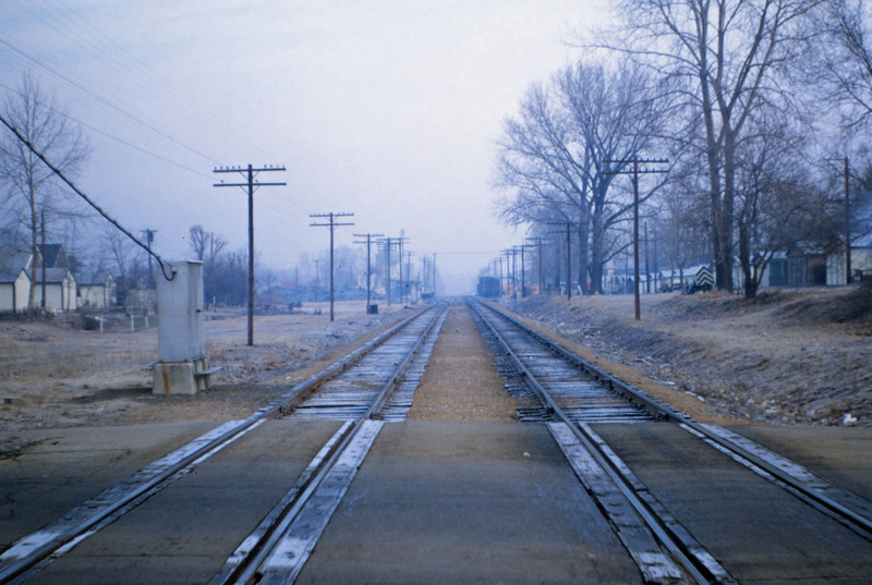 Mopac 152 - Jan 12 1957 - looking north at Wilmington Ave St Louis MO