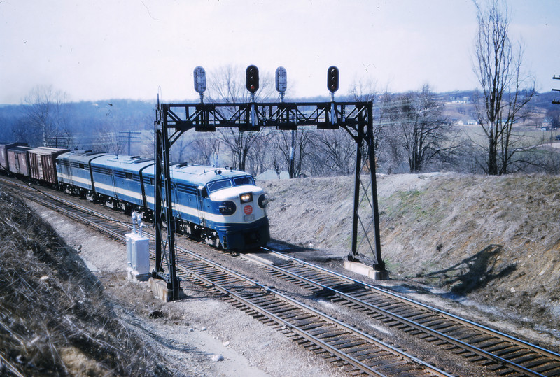 Mopac 154 - Mar 10 1957 - EBF eng 358+b+b+a @ signal bridge mp 17 1
