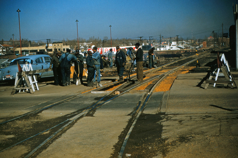 Mopac 85 - Feb 8 1955 - crossing replacement at Beck Ave & spur St Louis MO