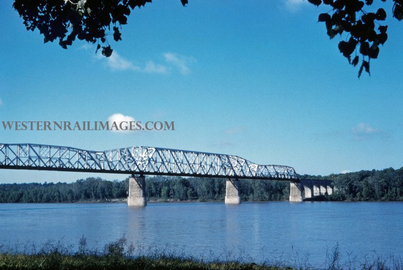 MOPAC 207 - Oct 6 1959 - bridge @ Thebes ILL
