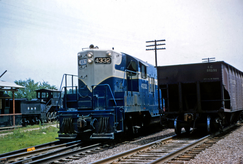 Mopac 121- Jun 27 1955 - EMD GP-9 No 4332 an train 91 at Barretts MO