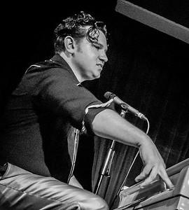 Ezra Lee, Rhythm Riot, 2015 in Black n White