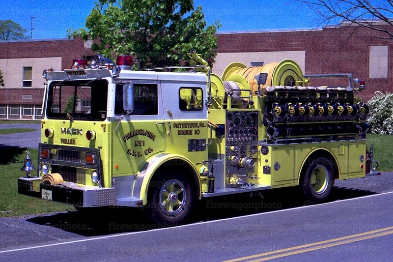 Pottstown - Philadelphia Steam: 1976 Mack MB 1250/500