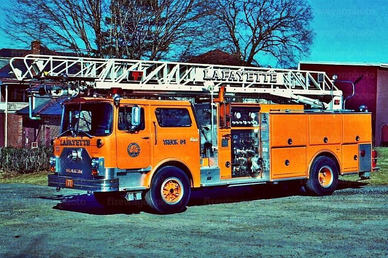 Lafayette: 1986 Mack CF/LTi 1500/150/75'