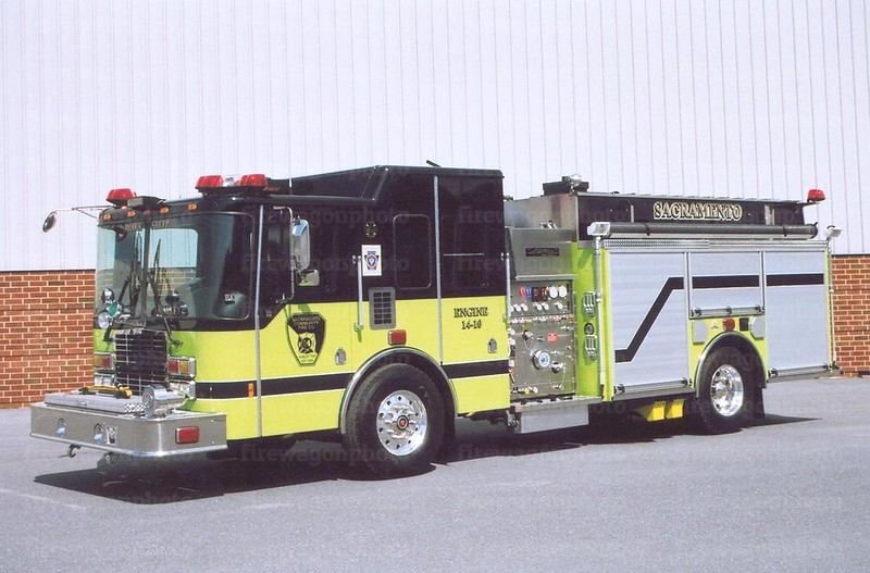 Sacramento, PA: 2007 HME/Ahrens-Fox 2000/1000