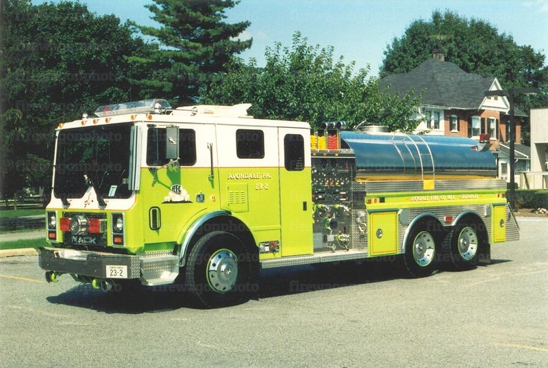 Avondale, PA: 1992 Mack MR/4Guys 1250/2000