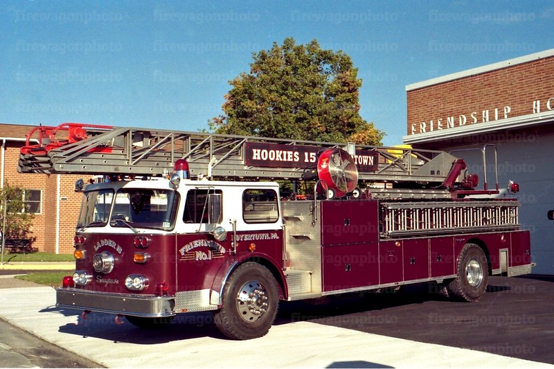 Friendship - Boyertown, PA: 1976 Seagrave 100'