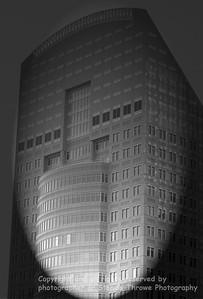 023-skyscraper-dsm-22aug06-abst-bw-2314