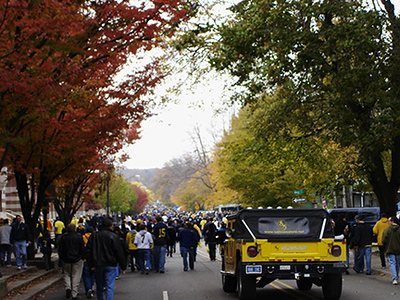 Tailgate to the stadium
