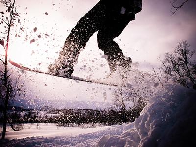 27 Snowboarding