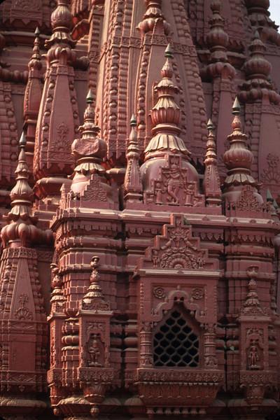 L1397 Durga Temple, Benares