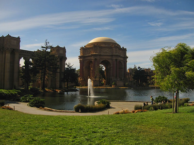 Palace of Fine Arts April 2011  04