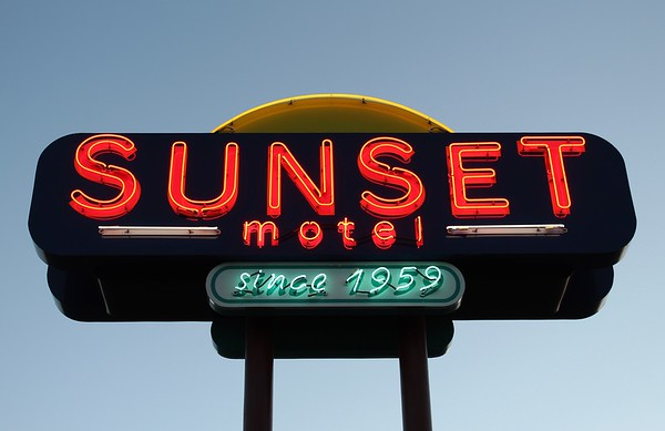 Sunset Motel on Route 66 (2018)