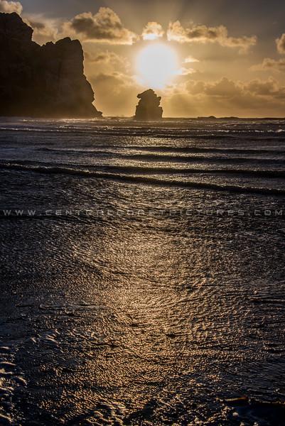 morro bay rock sunrays-3261