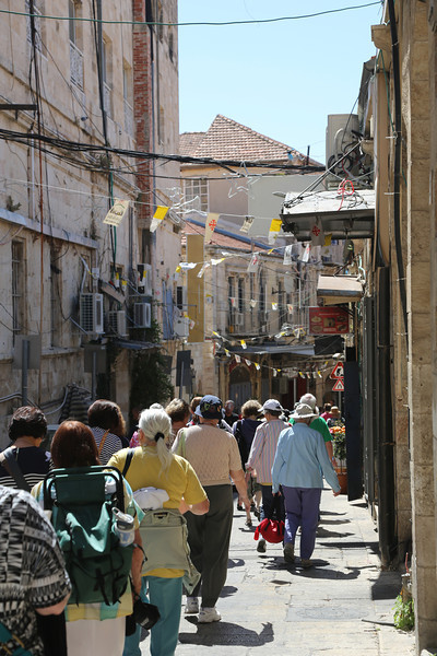 group through the Old City