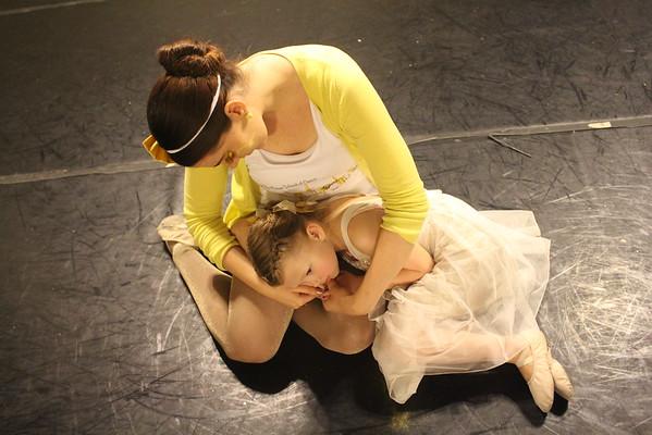 Go Gold Rehearsal Mossa School of Dance