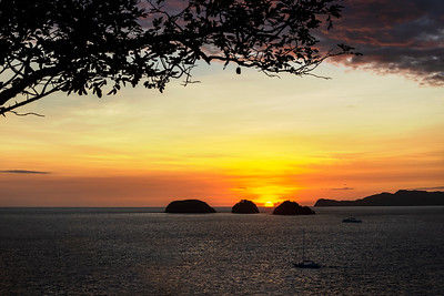 Bahia Hermosa - Beautiful Bay
