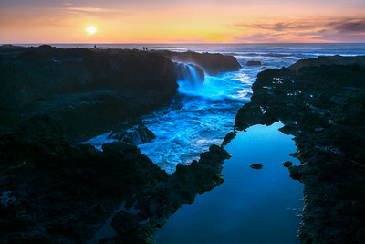 Thor's Well Sunset