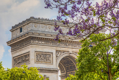 Arc de Triomphe seem from Avenue Carnot, Paris, France