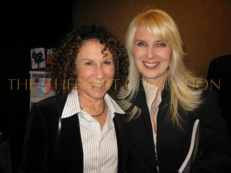 Rhea Perlman, sara Herbert-Galloway
