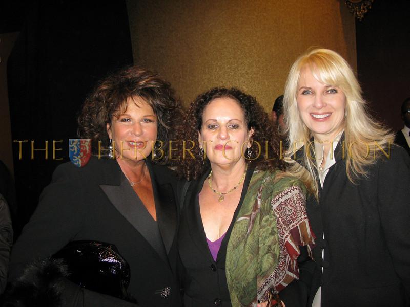 Lainie Kazan, sister Judy and Sara Herbert-Galloway