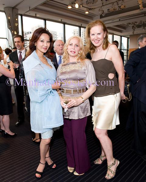 Keiko Aoki, Liz Derringer , Elga Wimmer