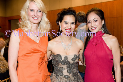 Sara Herbert-Galloway, Chau-Giang Thi Nguyen and Lucia Hwong-Gordon