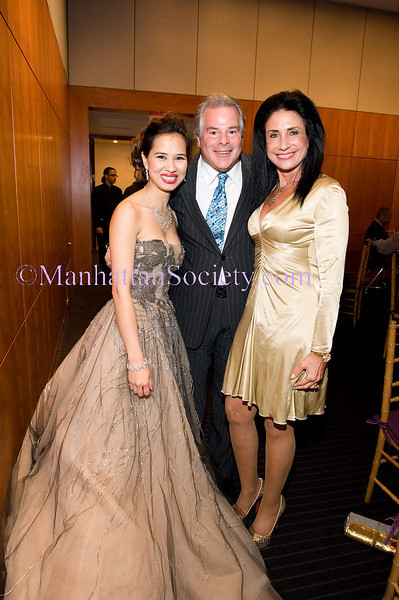 Dick Soloway, Chau-Giang Thi Nguyen, Donna Soloway