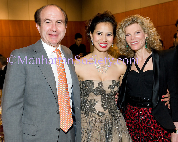 Philippe Dauman (Viacom) ,  Chau-Giang Thi Nguyen, Debbie Dauman