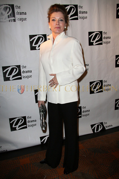 New York - February 2: Kate Mulgrew in attendance at the Drama League's 25th annual All Star benefit gala at The Rainbow Room on Monday, February 2, 2009 in New York, NY.  (Photo by Steve Mack/S.D. Mack Pictures)