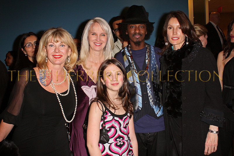 NEW YORK - MARCH 17:  Paola Rosenshein, Charity Consultant Sara Herbert-Galloway, Alana Galloway, Musician KÕnaan and Anne Besemant Cohen attend the MDG Awards global launch event at the United Nations building on March 17, 2009 in New York City.  (Photo by Steve Mack/S.D. Mack Pictures) *** Local Caption *** Paola Rosenshein; Sara Herbert-Galloway; Alana Galloway; Musician KÕnaan; Anne Besemant Cohen