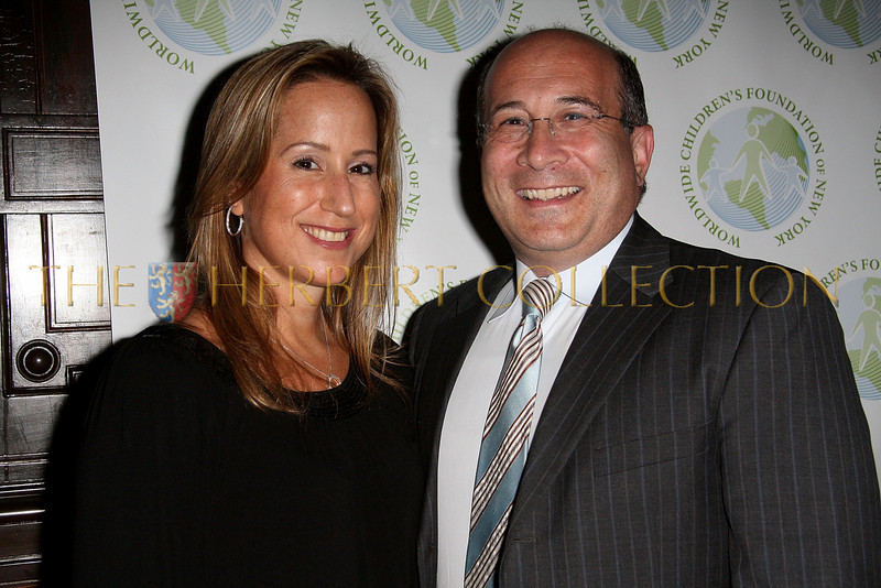 NEW YORK - OCTOBER 2:  Worldwide Children's Foundation Board Member Lisa Singer and Television Personality Ron Insana attend the Worldwide Children's Foundation Fundraising Gala at The National Arts Club in New York City. (Photo by Steve Mack/S.D. Mack Pictures) *** Local Caption *** Lisa Singer; Ron Insana