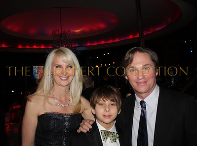 Sara Herebrt-Galloway with Richard Thomas and his son Montana
