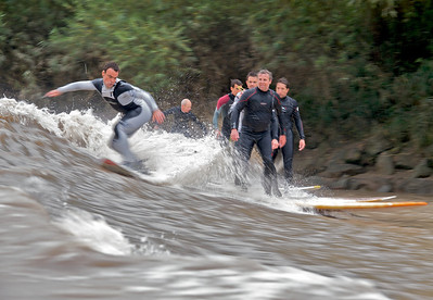 Great action shot this. Rusell Winter up to his usual surf trickery with Steve King alongside and Sergio Laus (in black) looking on. Russell's  expression makes this shot work.