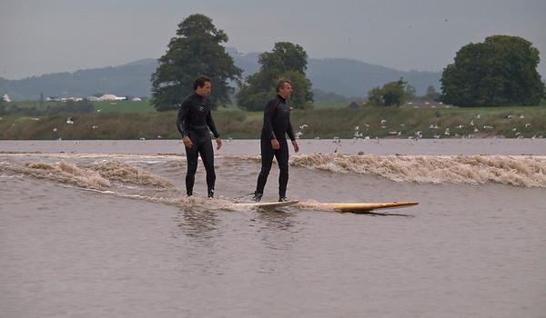 Sergio Laus (left) and Steve King riding Severn Bore.