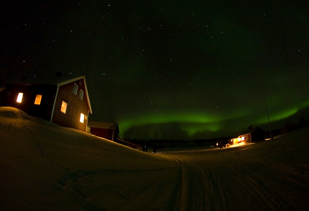 Clear skies again at base camp. Aurora or Northern Lights came out early at 6pm as a weak glow. It slowly strengthened as the night progressed culminating in a dazzling Valentine day display. Olympus E3, 7-14mm
