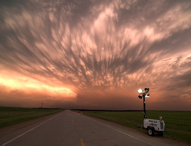 One of the best mammatus shows I have ever seen from storm chase trip 2007. Olympus E3, 14-54mm