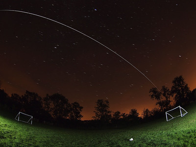 August 9th 2012. 2252 hrs flyby. What a score as Team ISS fly over Olympic skies ;-) Nice bright overhead pass this eve. Captured with Oly E5, 8mm fisheye. Numerous 15s exposures, F3.5 and composite stacked with StarStax software.