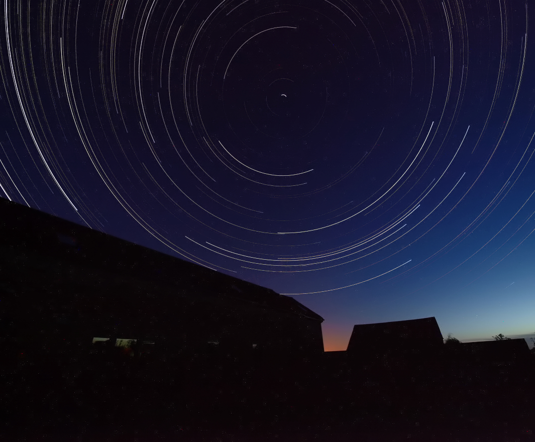 Sept 14_15 2010. Startrail captured with Olympus E3, 7-14mm lens and using my newly constructed home made dew shield. I needed it and it seemed to work well.