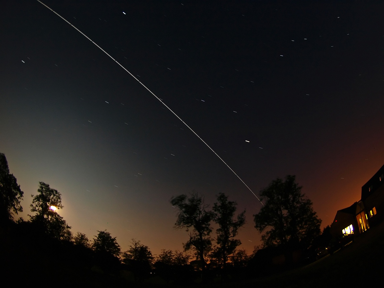 June 25/26 2010. International Space Station (ISS). The second and brightest of 4 passes over UK. A super bright -3.5. Olympus E3, 8mm fisheye, F3.5, 10s