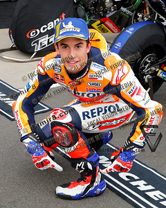World Moto GP Championship. Round17 @ Phillip Island. Australia. Michelin Australian Motorcycle Grand Prix. Saturday. 27.10.2018. Fastest quailifyer is #93 Marc MARQUEZ (ESP) Repsol Honda Team. Here posing with equal 5 times World Chanpion - Michael DOOHAN replica boots and gloves. © ATP / Damir IVKA