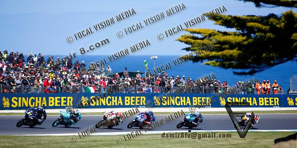 World Moto GP Championship. Round17 @ Phillip Island. Australia. Michelin Australian Motorcycle Grand Prix. Sunday. 28.10.2018.  #31 Colestino VIETTI (ITA) SKY Racing Team VR46. Leads a pack at turn 6 during the Moto 3 Race. © ATP / Damir IVKA