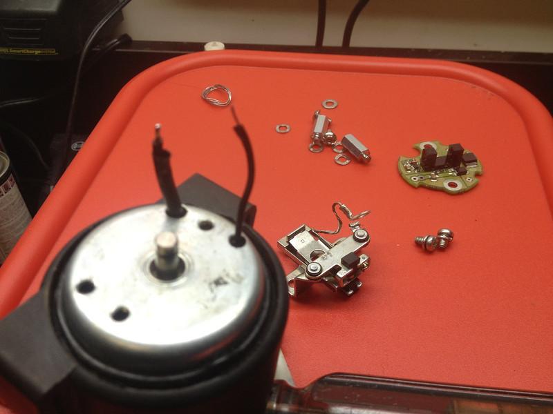 Blocage moteur 950 / mikuni pompe IMG_3445-L