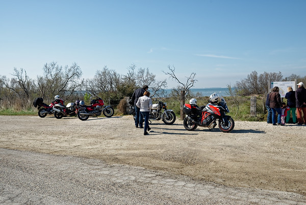 deux générations de motos ....