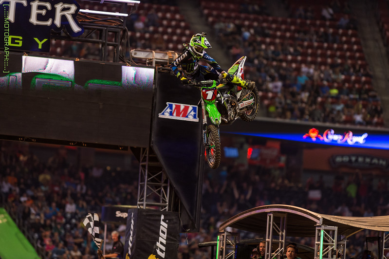 Ryan Villopoto seals the deal after a tough start on the night