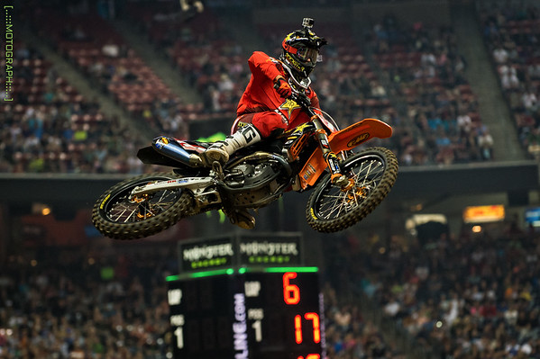 Jason Anderson beats rival Cole Seely for the win in the 250 overall