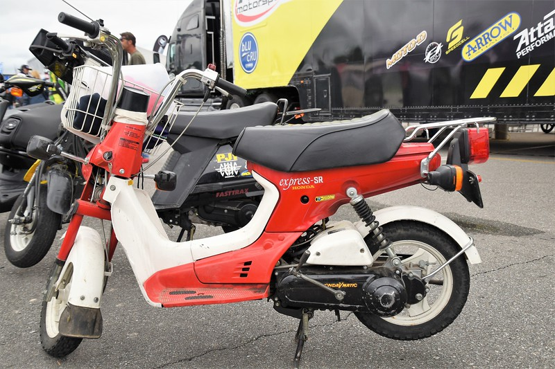 Pit bike, 1984 Honda express - SR