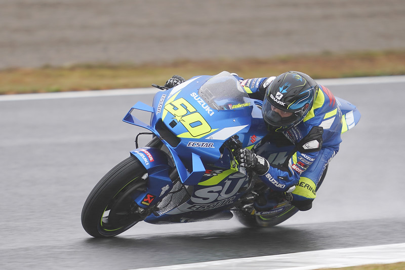 Sylvain Guintoli rides the Suzuki GSX-RR at the 2019 round at Motegi