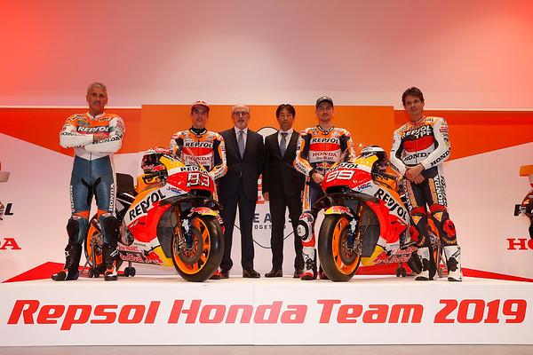 2019 Repsol Honda team presentation at Madrid, with Mick Doohan, Marc Marquez, Antonio Bruffau (Repsol), Tetsuhiro Kuwata (HRC), Jorge Lorenzo, Alex Criville