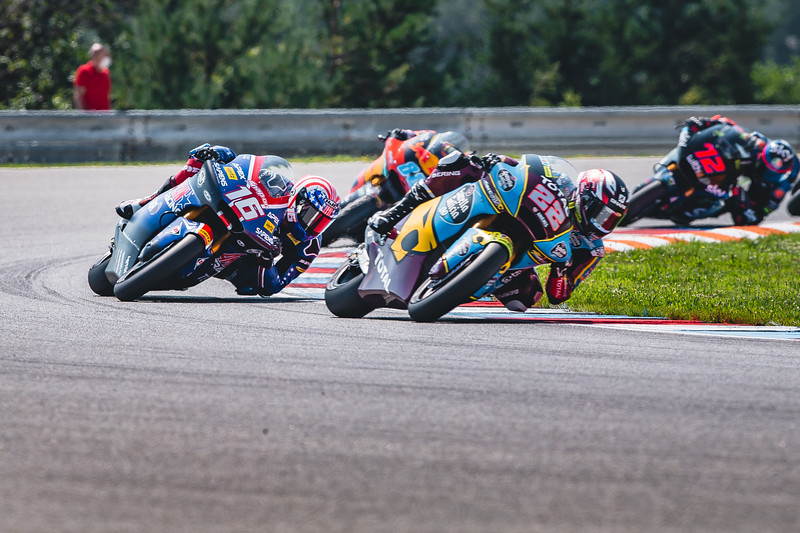 Sam Lowes leads Joe Roberts ing the Brno Moto2 race - Photo: Polarity Photo